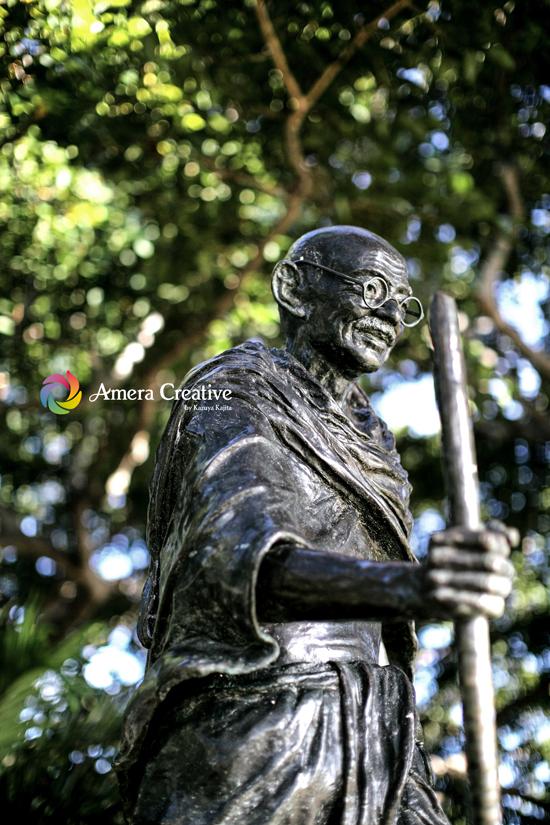 銅像 #10 ガンジー像 @ Waikiki