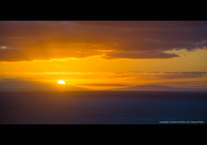 ハナウマ湾からモロカイ島・ラナイ島・新年の光を望む
